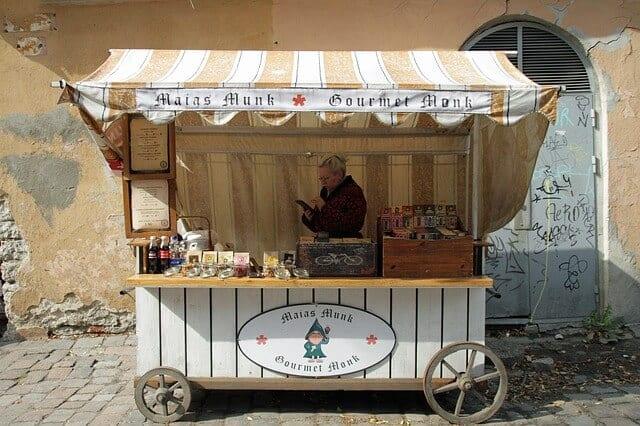 אוכל מקומי בטאלין - מסעדות מומלצות